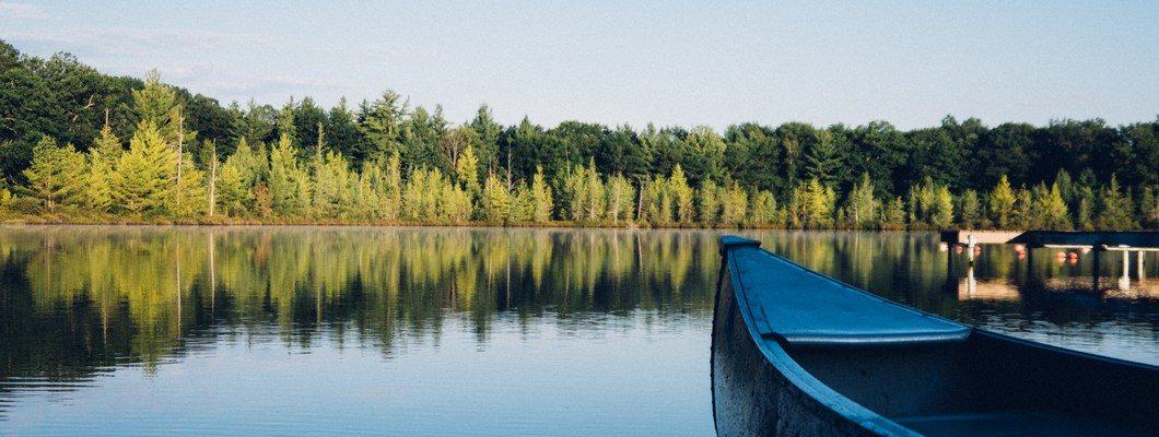 Преимущества дачного посёлка у озера